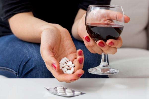 Antidepressant and Alcohol